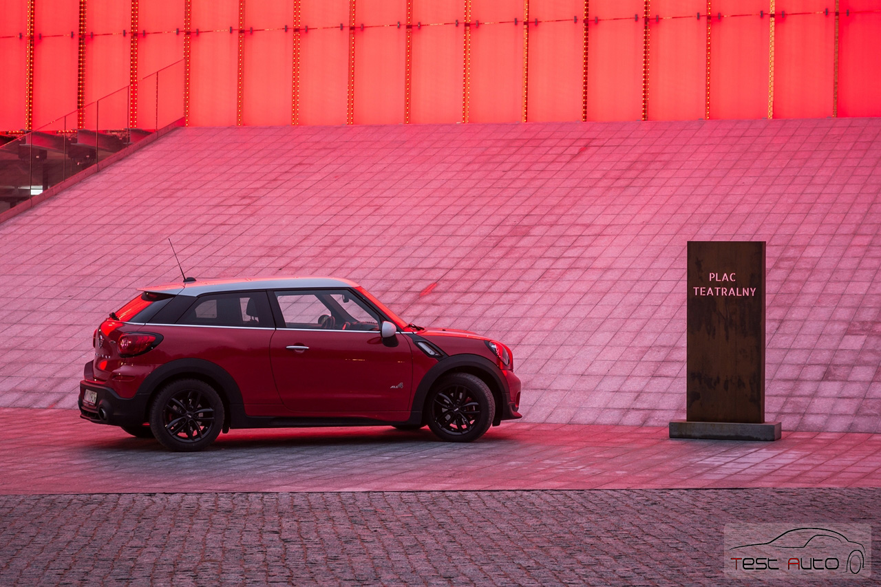test mini john cooper works paceman. Black Bedroom Furniture Sets. Home Design Ideas