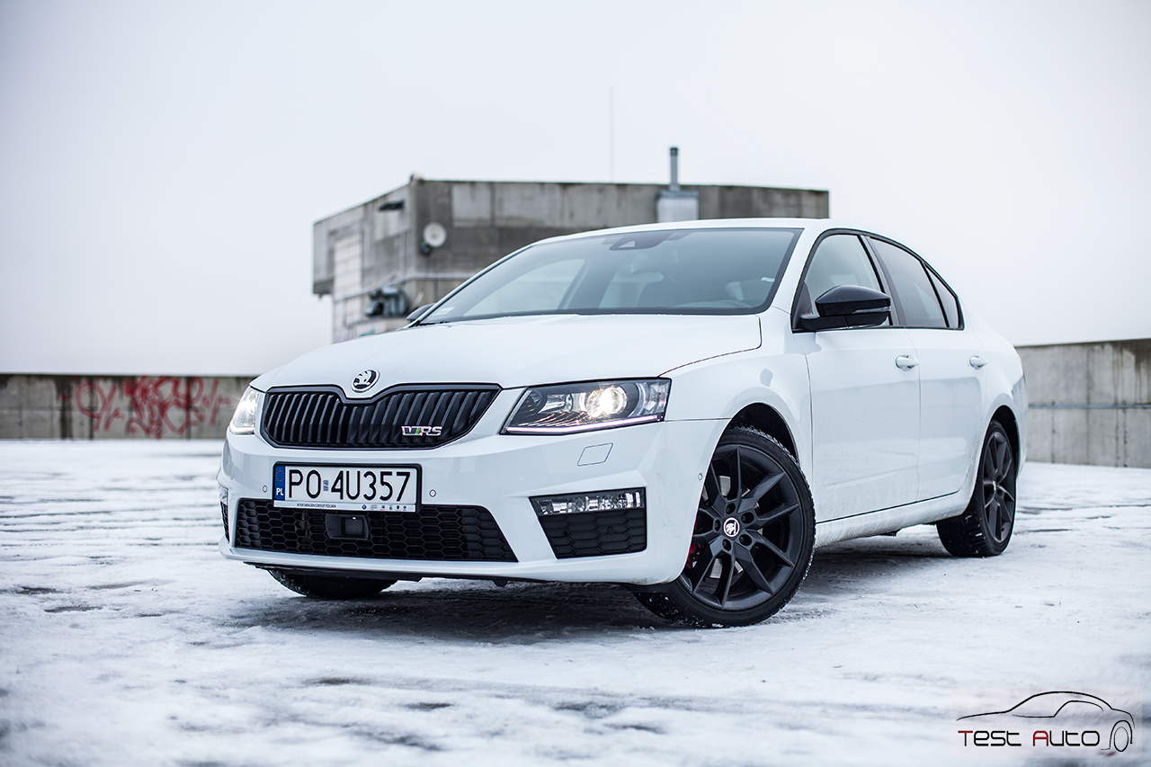 skoda octavia rs 2 0 tdi fot piotr majka 44 test auto. Black Bedroom Furniture Sets. Home Design Ideas